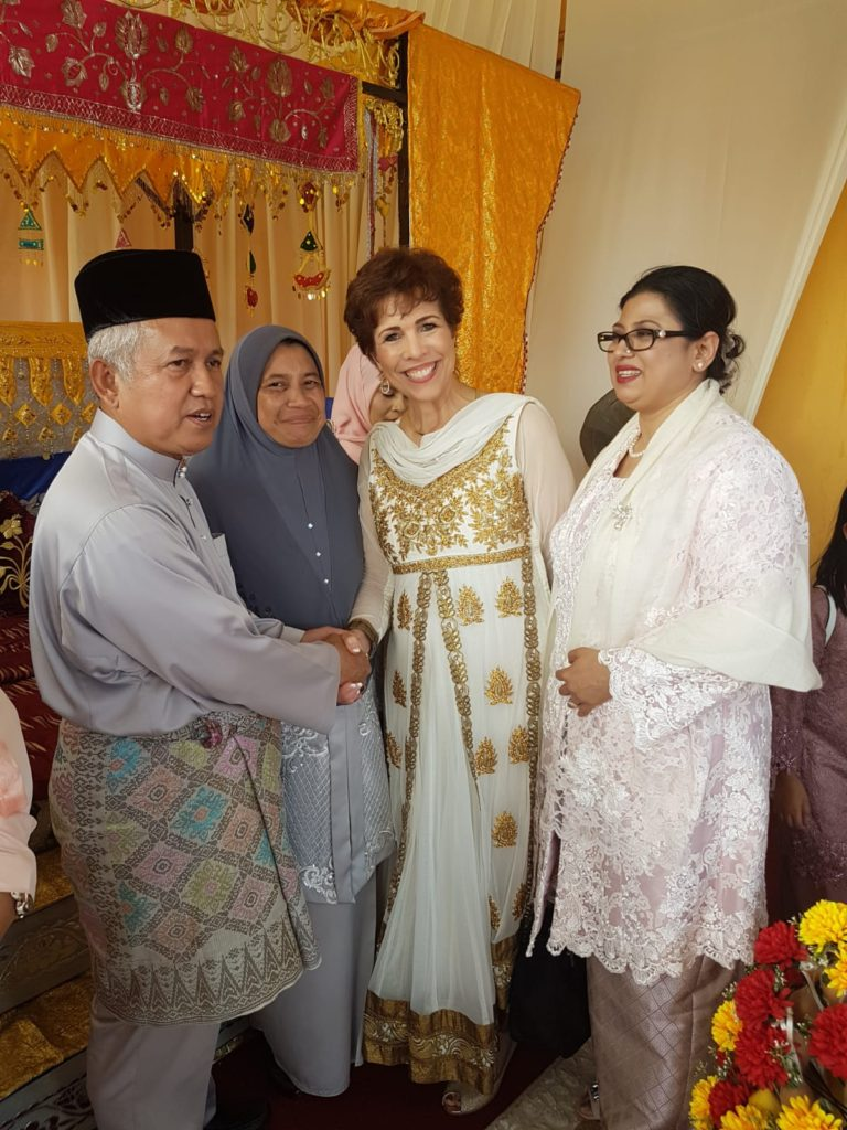 Paula Fellingham with King and Queen of Malaysia